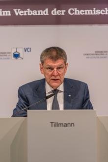 VCI-Hauptgeschäftsführer Utz Tillmann